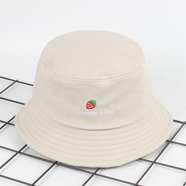 ผลิตหมวกปีกรอบ