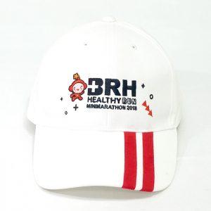 หมวกแก๊ปตัดต่อปีกหมวก