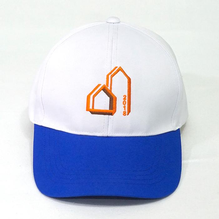 หมวกแก๊ปทูโทน