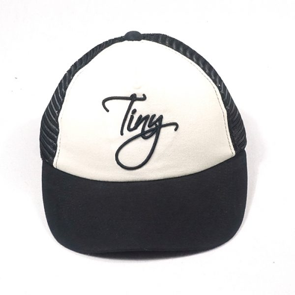 ผลิตหมวกแก๊ปตาข่ายสีดำ